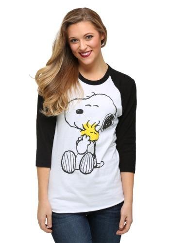 Peanuts Snoopy And Woodstock Hugging Juniors Raglan Shirt
