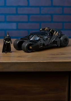 Batman Dark Knight Tumbler 1:24 Die Cast Car w/ Figure Upd