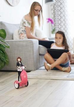 SmartGurlz Jun Doll with Pink Siggy 3