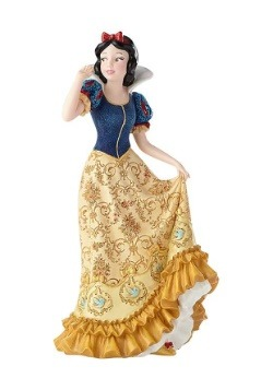 Disney Showcase Couture de Force Snow White Figure