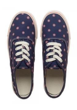Marvel Captain American Navy Womens Canvas Shoes Alt1