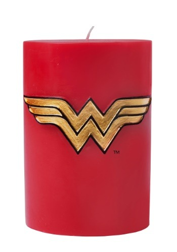DC Comics Wonder Woman Insignia Candle