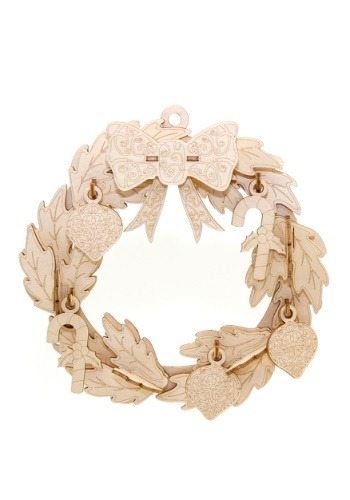 Christmas Wreath 3D Wood Model with Background Display