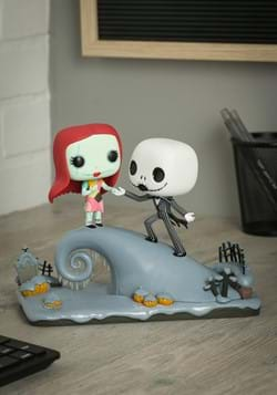 Movie Moment: Nightmare Before Christmas- Jack and Sally