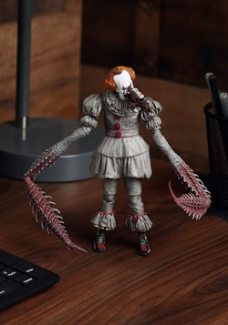 """IT Ultimate Dancing Pennywise 7"""" Scale Action Figure"""