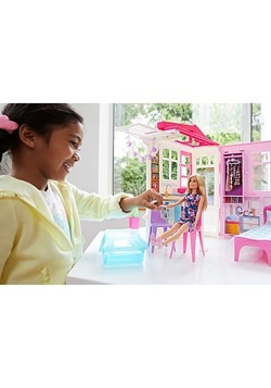Barbie House & Doll Alt 1