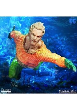 The One:12 Collective Aquaman Action Figure Alt 3