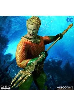 The One:12 Collective Aquaman Action Figure Alt 4