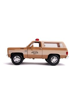 Stranger Things 1980 Blazer w/ Badge 1:24 Die Cast Vehicle A