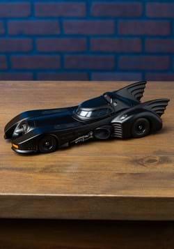Batman '89 Batmobile 1:24 Scale Model w/ Figure Alt 4
