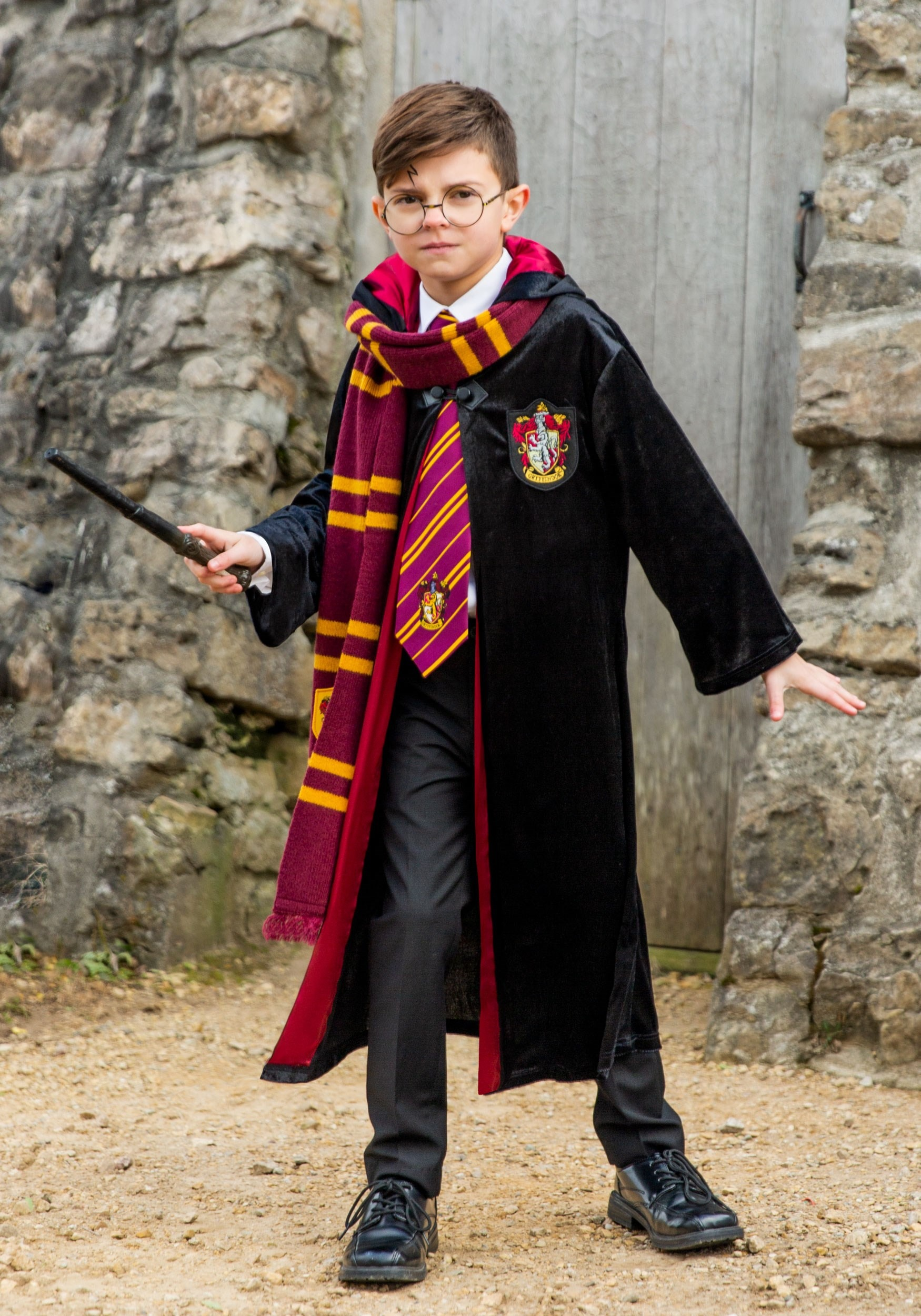 harry potter deluxe gryffindor robe for kids