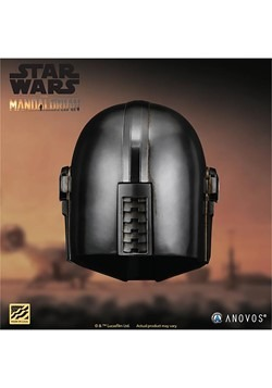 STAR WARS The Mandalorian Collector's Helmet Alt 2