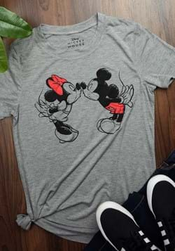 Women's Minnie and Mickey Mouse Kiss T-Shirt