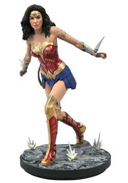 Diamond Select DC Gallery Wonder Woman 1984 PVC Statue